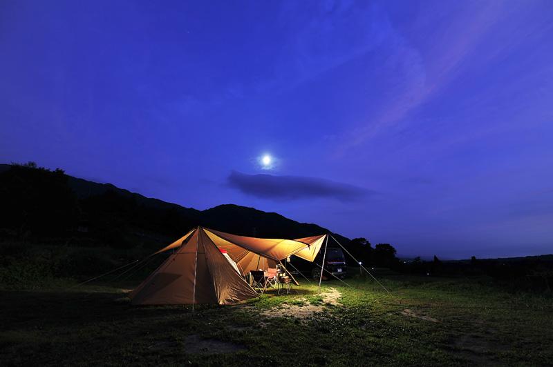 場 キャンプ いなか 風 の